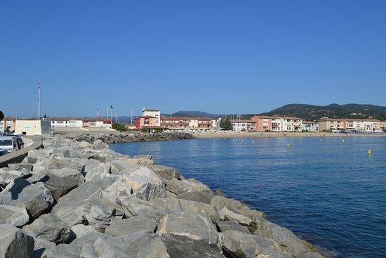 Hpco location barques electriques port grimaud ce qu - Visiter port grimaud ...