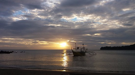 Nasugbu, Filippinerne: Sunset at past 5
