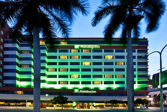 Holiday Inn Port of Miami Downtown: Hotel Exterior