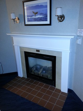 Hull, MA: Gas Fireplace