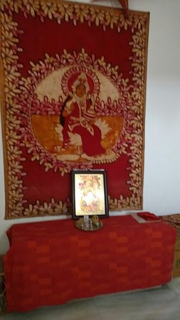 Seventh Heaven Inn Rishikesh: Laxmi alter