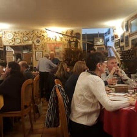 Grazzano Badoglio, Italy: Interno