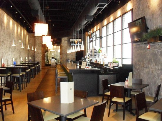 Mundelein, إلينوي: Karma Lounge