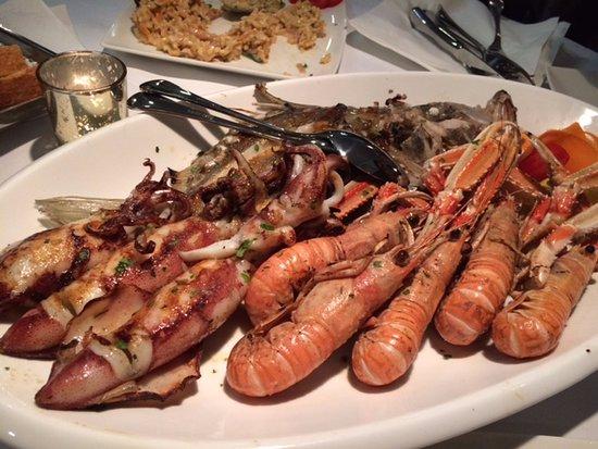 palloma food and wine sea food
