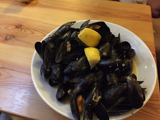 Findhorn, UK: Nice plate of Mussels