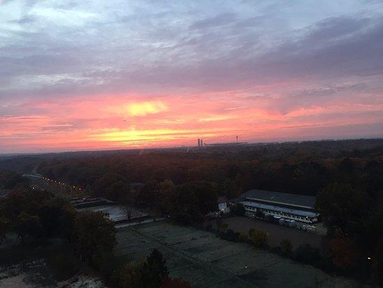 Sheraton Frankfurt Congress Hotel: splendid sunset!!!