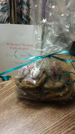 Twin Mountain, Нью-Гэмпшир: Welcome gift in our room - homemade cookies and treats