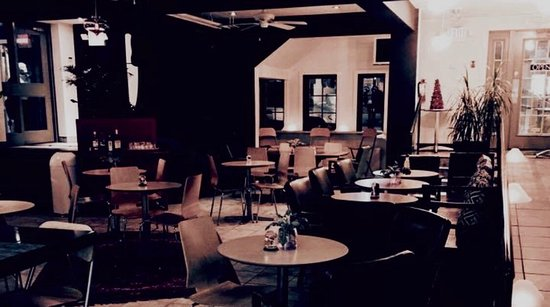 Cobourg, Canada: craft Food House