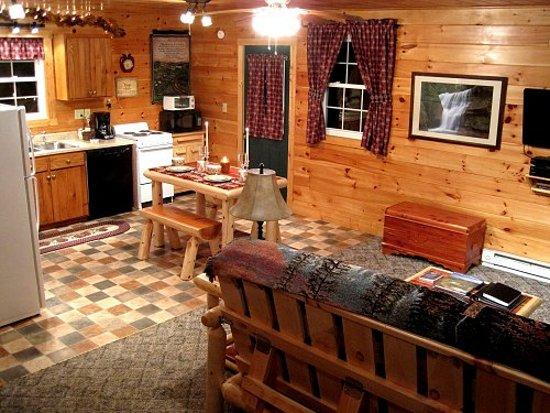 Laurelville, OH: Cuddle Bug Cottage