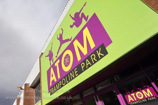 Atom Trampoline Park