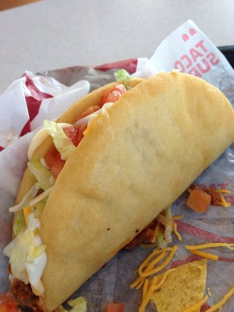Atoka, OK: The # 6 combo= taco, 2 chalupas and a drink