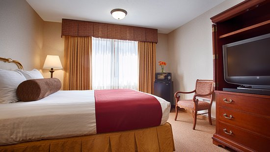 SureStay Plus Hotel Omaha South Photo