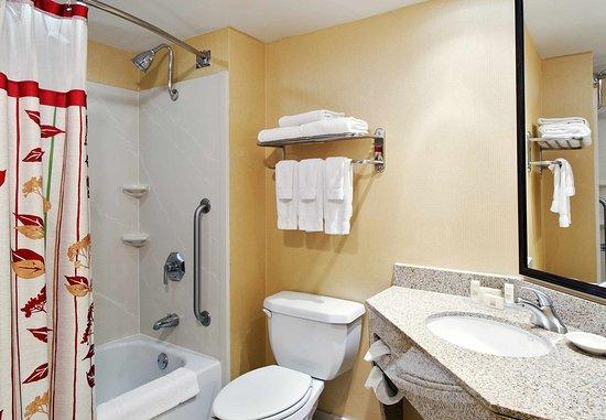 Atenas, GA: Guest Bathroom