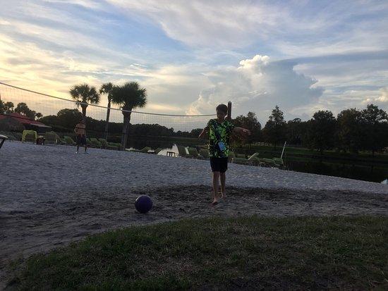 Hyatt Regency Grand Cypress: Volleyball on beach