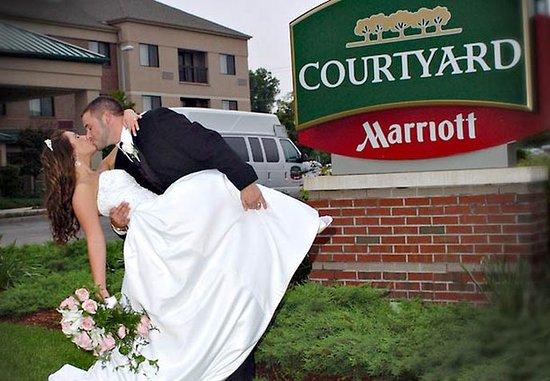 Courtyard Concord: Weddings