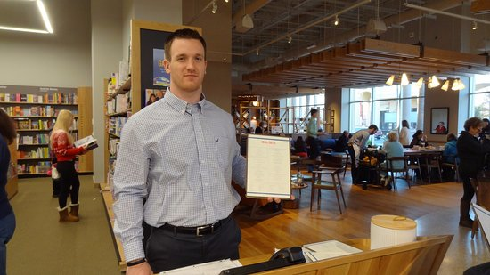 """marks shows off barnes and noble\u0027s new menu at the \""""kitchenbarnes and noble \""""kitchen\"""" marks shows off barnes and noble\u0027s new menu at"""