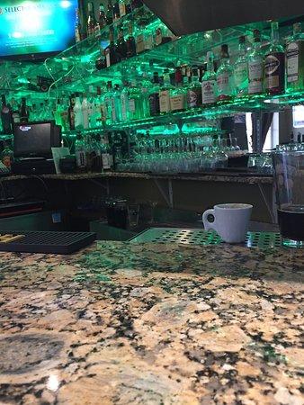 West Milford, NJ: Bar