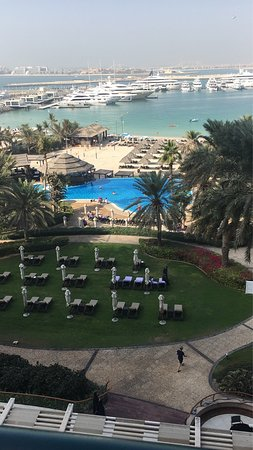 Le Meridien Mina Seyahi Beach Resort and Marina: photo2.jpg