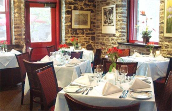 Courtyard Restaurant Ottawa