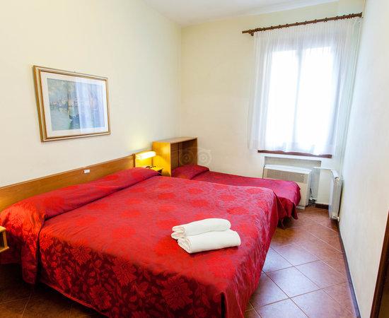 Hotel rossi venezia prezzi 2020 e recensioni for Arredamenti rossi