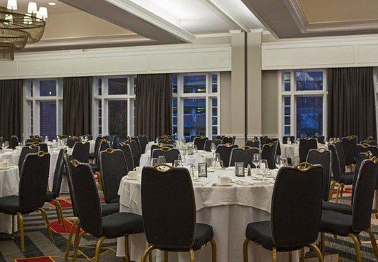 Hyattsville, MD: Potomac Ballroom – Banquet Setup