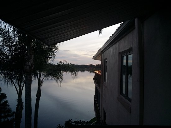 Sebring, Floride : Almost a sunset view from the veranda porch