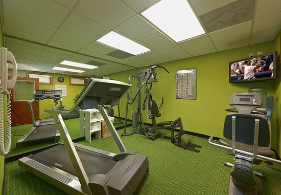 The Lodge at Five Oaks: Fitness Center
