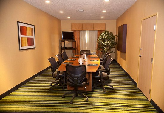 Brookings, SD: Great Plains Boardroom