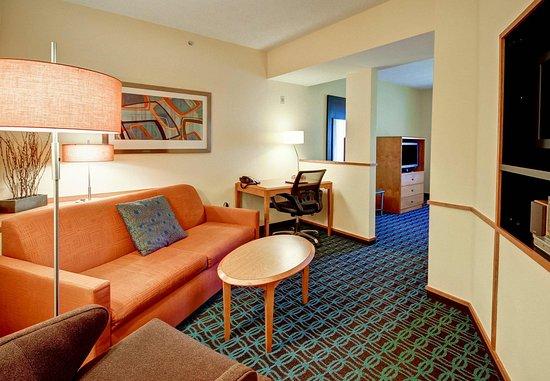 Malta, Estado de Nueva York: Suite Living Area