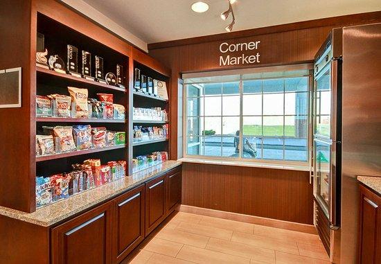 Malta, Estado de Nueva York: Corner Market