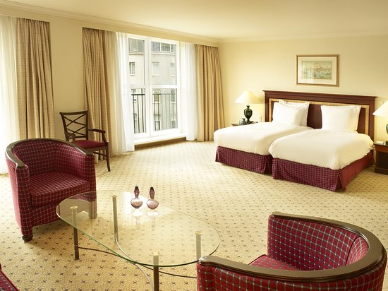 Hilton Antwerp Old Town : Twin Junior Suite