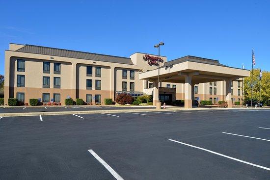 Staunton, VA: Hotel Exterior