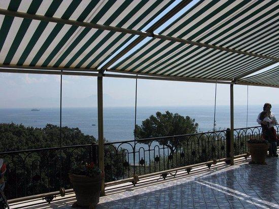 Terrazza sul mare - Foto di Villa Rosebery Residenza del Presidente ...