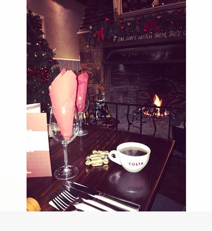 Bursledon, UK: Lovely festive feel. So cosy