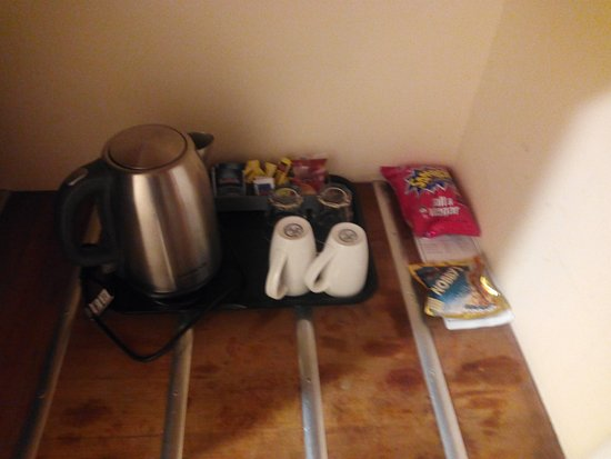 Luxury Quality Hotel Hobart Midcity Do NOT touch anything outside that tray Mini bar Trending - Style Of Bar Stuff Photo