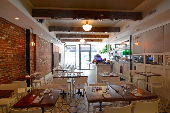 White Maple Cafe: Dining Room