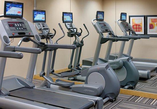 Hauppauge, نيويورك: Fitness Center