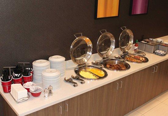 Sebring, FL: Breakfast Buffet