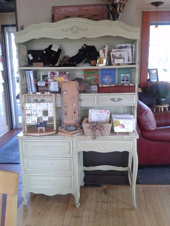 Washburn, WI: Gift display