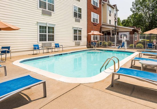 TownePlace Suites Albany University Area: Outdoor Pool