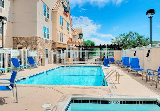 TownePlace Suites Las Cruces: Outdoor Pool & Whirlpool
