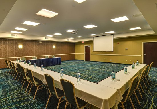 Irving, TX: LoneStar II Meeting Room- U-Shape Setup