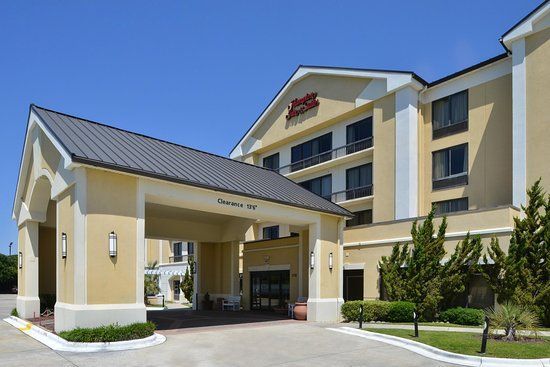 Hampton Inn & Suites Atlantic Beach: Exterior