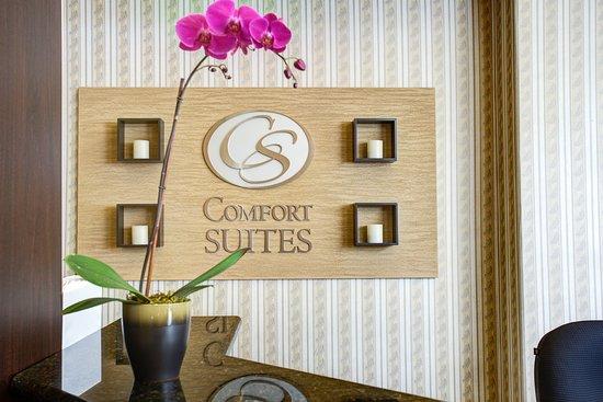 Comfort Suites Airport: CADTL