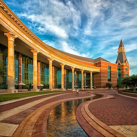 Comfort Suites Waco: Baylor University