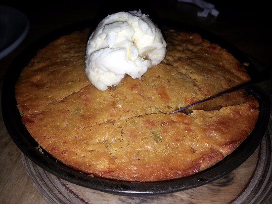 Burbank, IL: an order of jalapeno-cheddar corn bread in a skillet