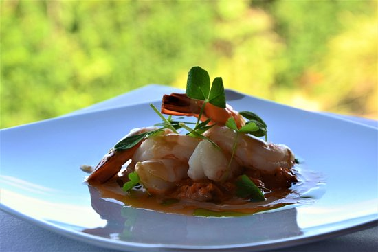 Willow Vale, ออสเตรเลีย: Butter Poached Gulf Prawns