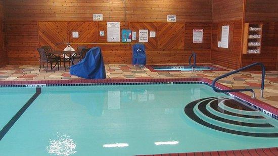 Holiday Inn Express & Suites Lexington : Holiday Inn Express Lexington Nebraska Heated Indoor Pool