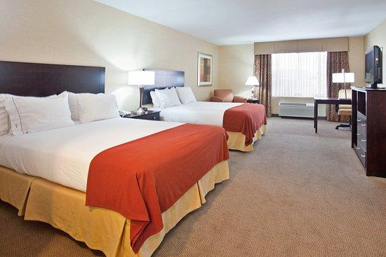 Nogales, AZ: Double Queen Bed Guest Room