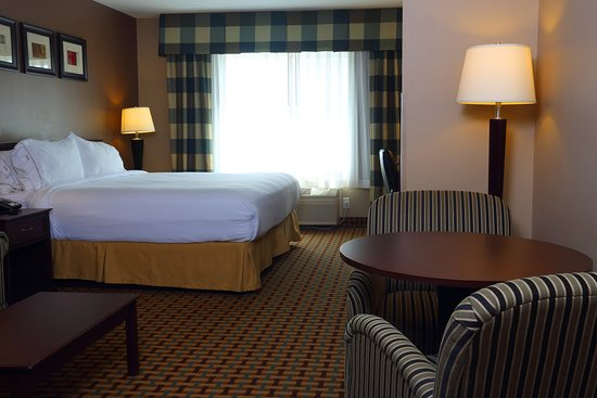 Holiday Inn Express O'Neill: Suite